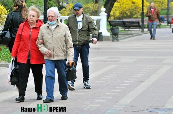 В «красной зоне» ковидного «светофора» Ростовской области оказались 12 муниципалитетов