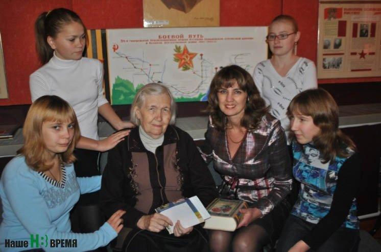 Ростовские школьники пополняют экспозицию «Письмо в Бессмертный полк»